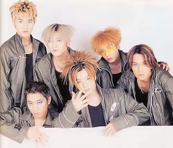 shinhwa-members-take-a-trip-down-memory-lane_image