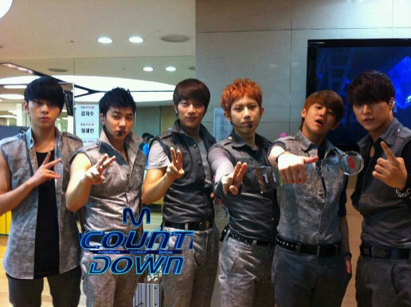 Mnet M! Countdown! 06.02.2011