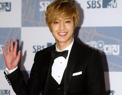 kim-hyun-joong-and-after-schools-provocative-dance-performance_image