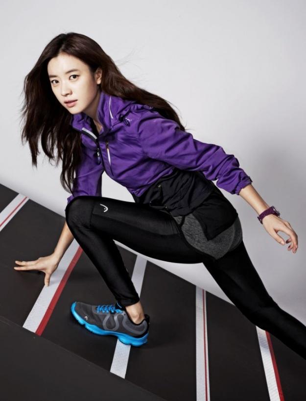 han-hyo-joos-winter-sportswear-head-cf_image
