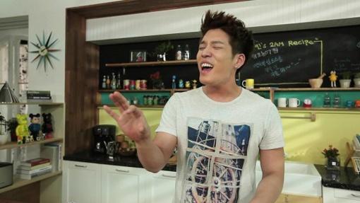2ams-cookingidol-changmin-picks-his-ideal-type-as-jo-yeo-jeong_image