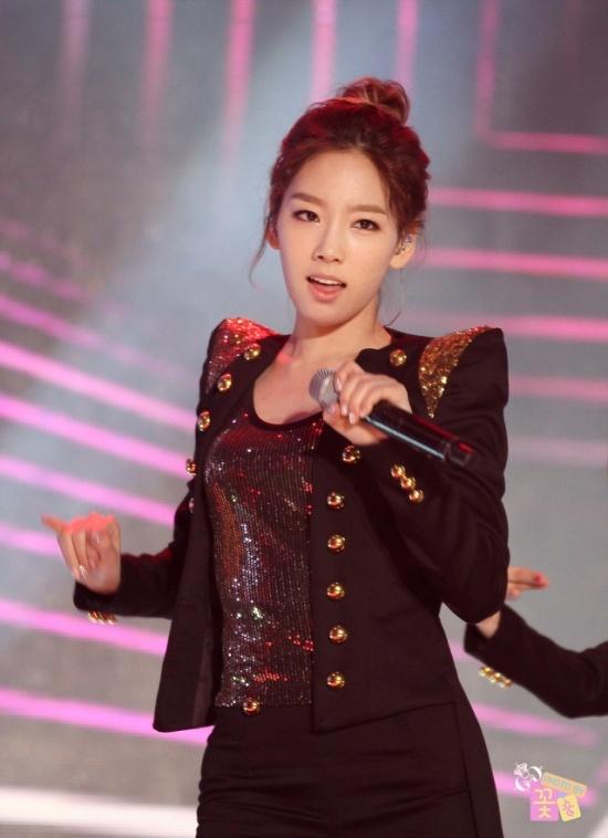 girls-generations-taeyeon-loves-fart-jokes_image