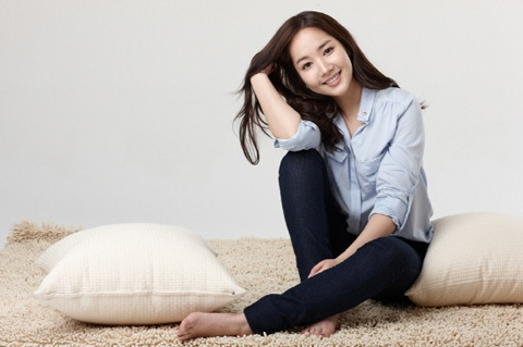 park-min-young-updates-fans-with-two-gorgeous-photos-from-italy_image