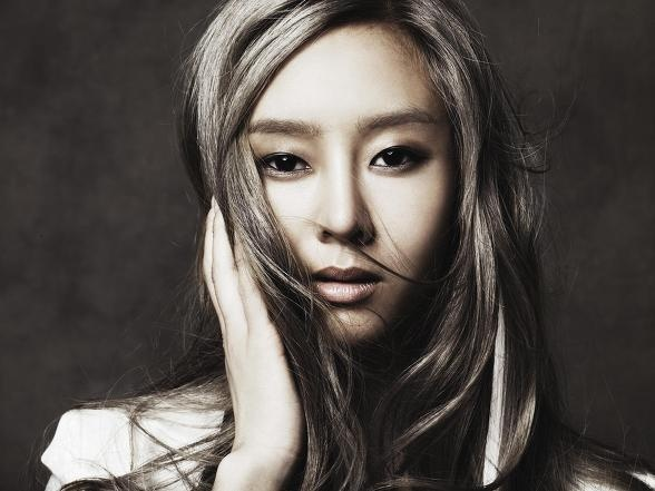 gna-reveals-her-younger-sister_image