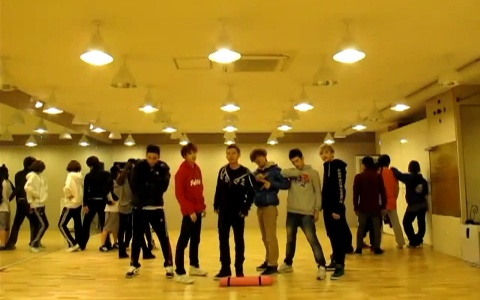 tony-smash-show-off-their-dance-practice-for-get-your-swag-on_image