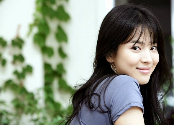 """Song Hye Kyo's Appearance in Upcoming Drama """"Bicha,"""" Unconfirmed"""