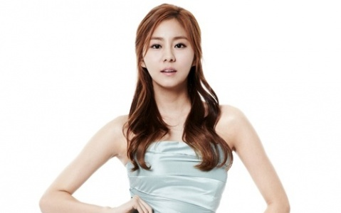 After School's UEE Shares Unusual Sleeping Habit