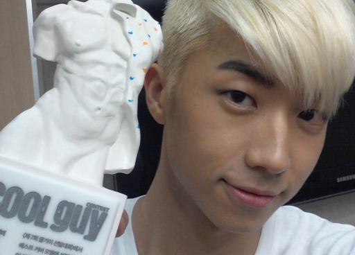 "2PM's Wooyoung Shares His Thoughts about his Performance: ""The Real Beginning Starts Now"""