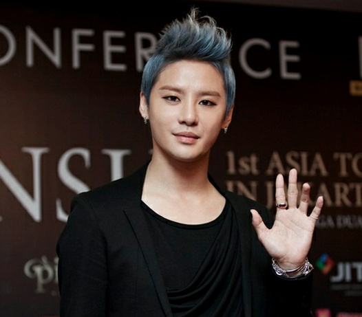 JYJ's Junsu Attracts Press Attention in Indonesia