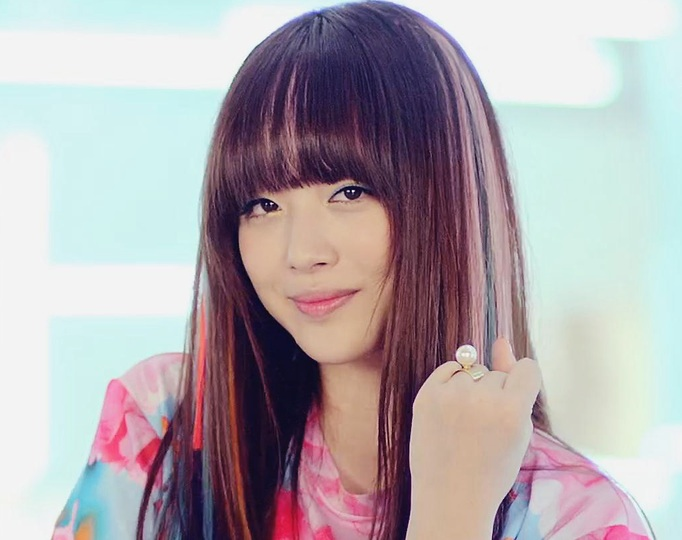 "f(x) Sulli Expresses Anxiety and Anticipation for Her Upcoming Drama ""To the Beautiful You"""