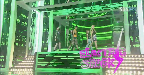 "f(x) Performs ""Electric Shock"" on Inkigayo"