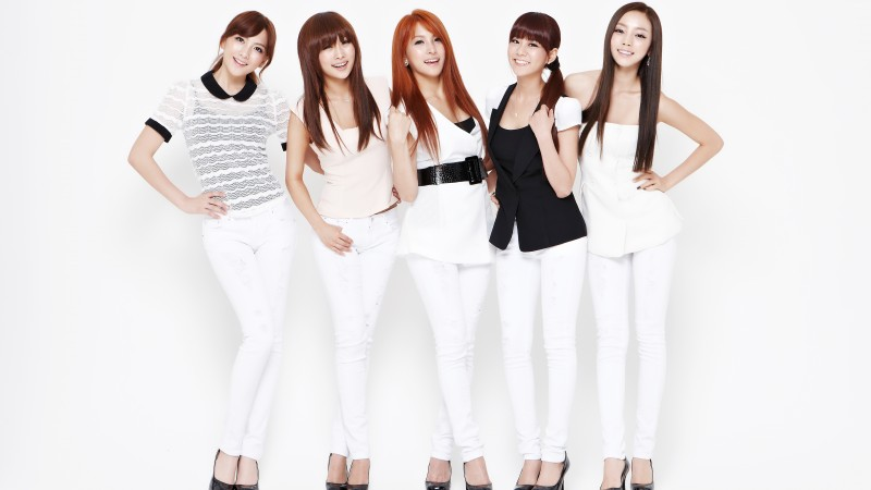 Kara to Autograph for Fans in Singapore