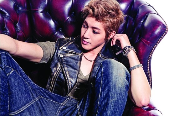 "Kim Hyun Joong: ""I Work All Year Round"""