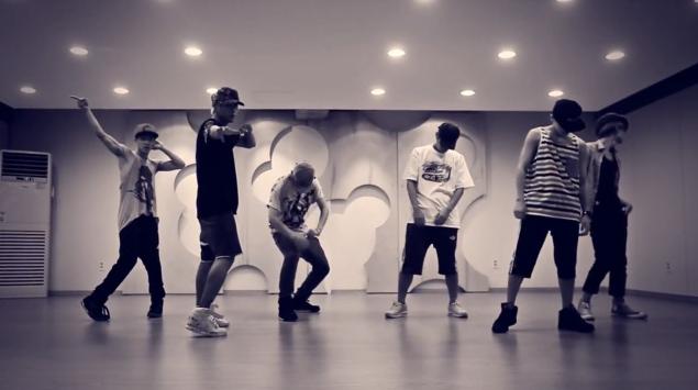 "BEAST Releases Dance Practice for ""Not Me"""