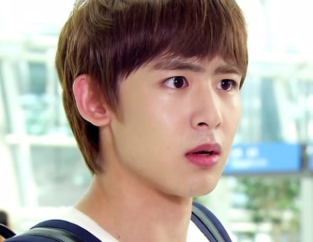 Police: Both Nichkhun and Motorcyclist Responsible for Accident