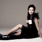 Kim Tae Hee Is in Paris for Business and Pleasure