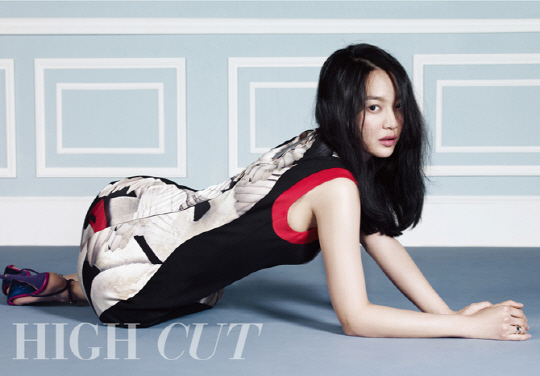 "Shin Min Ah Shows off Perfect Beauty for ""High Cut"""