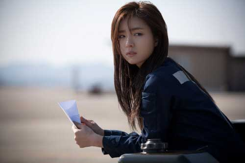 "Shin Se Kyung: ""My Co-stars Always Die"""