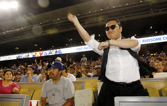 120821_PSY_Dodgers