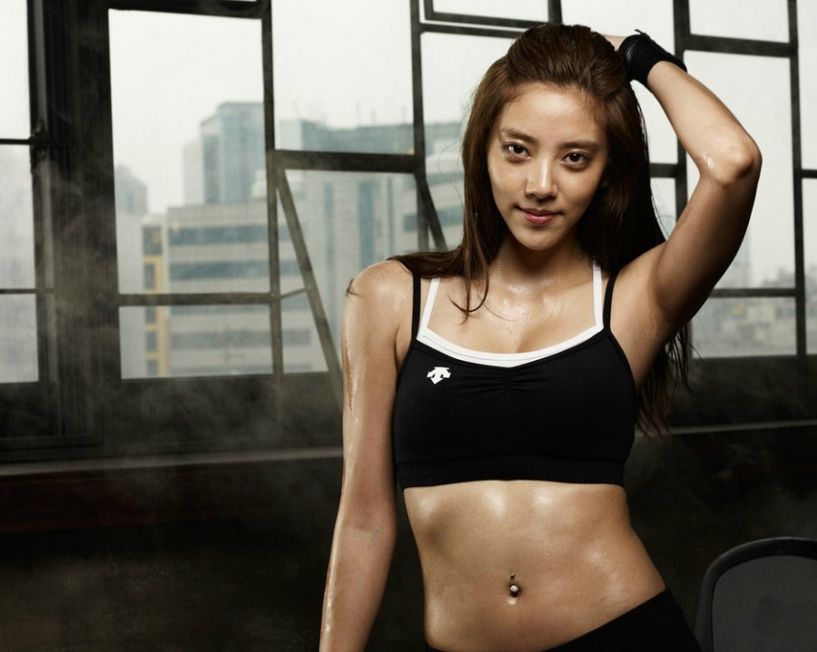 Son Dambi's Pre-Photoshop Figure Fixates in Descente Pictorial