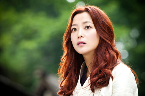 "Kim Hee Sun Fueled to Make a Comeback After Watching ""Secret Garden"""