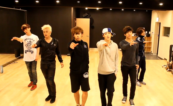 "U-KISS Releases Dance Practice Video for ""Stop Girl"""