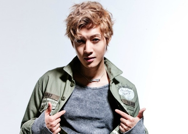 Fans Impressed by Kim Hyun Joong Doing Dishes in the Kitchen