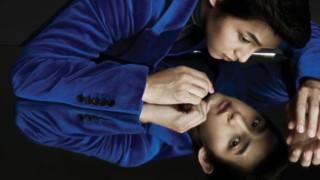 120920_Song Joong Ki featured