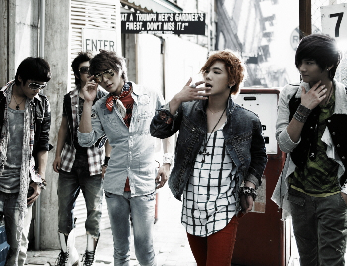 "FT Island Gets to No. 1 within a Week of ""M! Countdown"" Comeback"