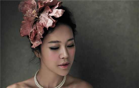 Baek Ji Young Has No Problem Dating Younger Men