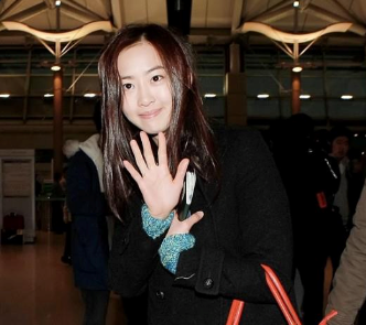 SISTAR's Dasom Looks Better Without Any Makeup