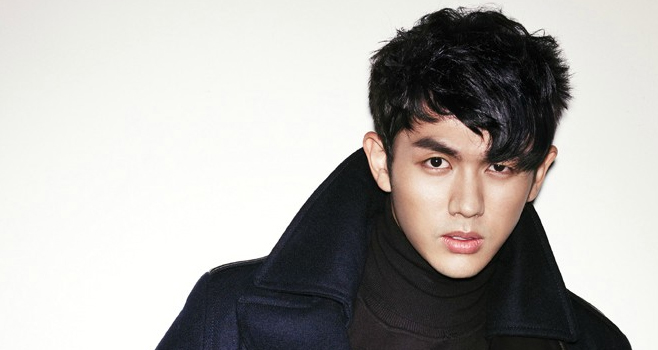 "2AM's Seulong Crowns Himself ""The Seagull King"""