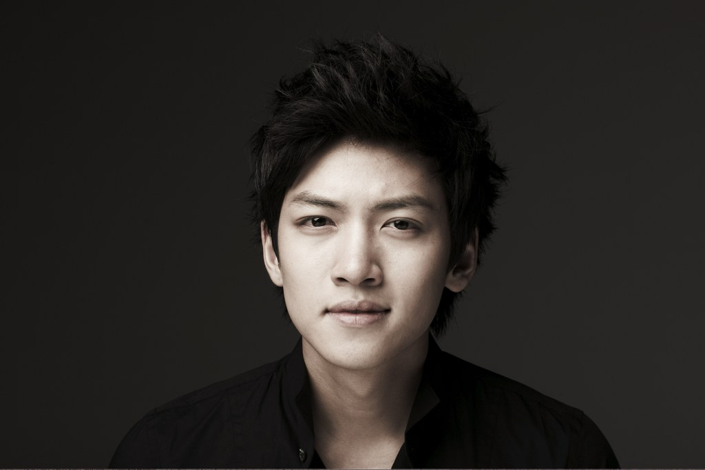 "Ji Chang Wook to Sing For ""Five Fingers"" OST"