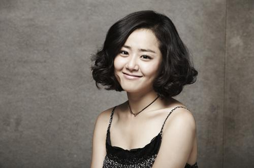 moon_geun_young