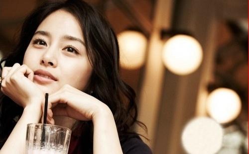 Kim Tae Hee Endorses Underwear Brand?