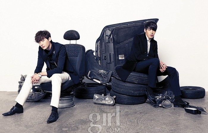 """School 2013′s"" Lee Jong Suk and Kim Woo Bin Show Off Modelesque Force"
