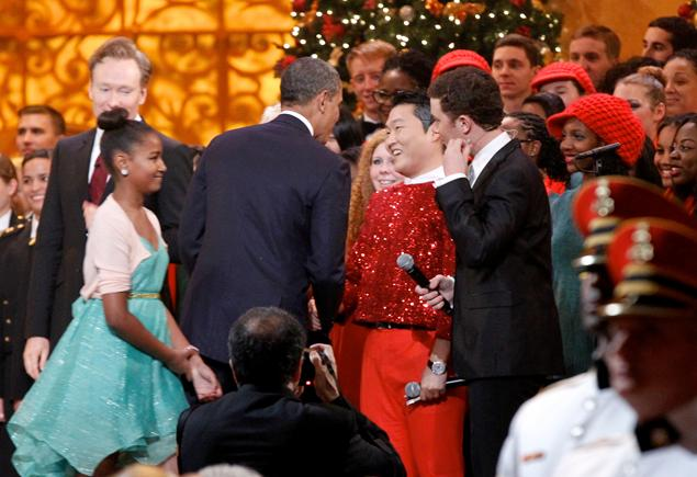 PSY Dances His Horse Dance in Front of President Obama