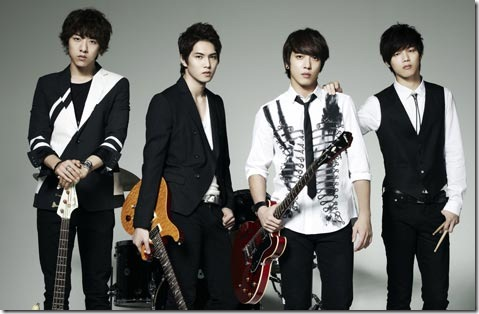 "CNBlue's ""Robot"" Reached 2nd Place On Oricon Chart"