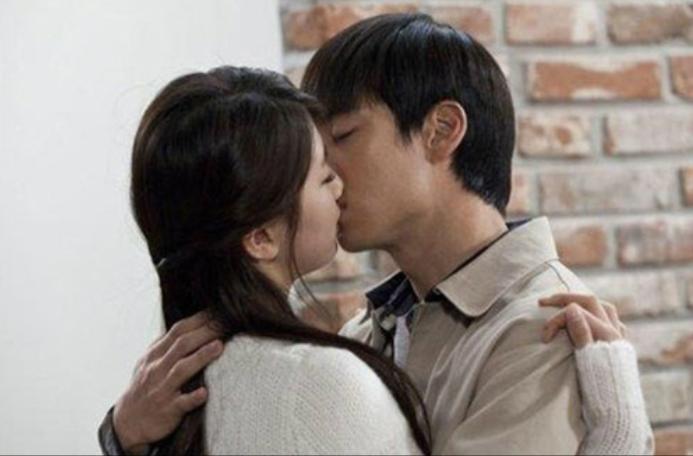 suzy lee jae hoon kiss