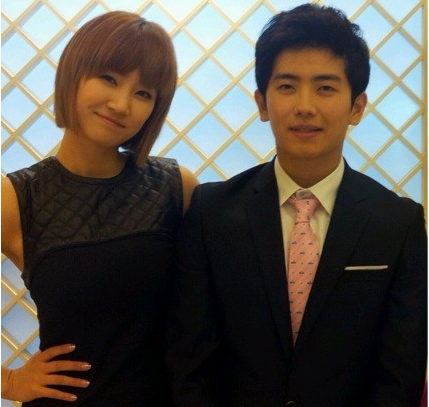 Wonder Girls' Ye Eun Reveals Her Younger Brother Who Plans to Become a Pastor