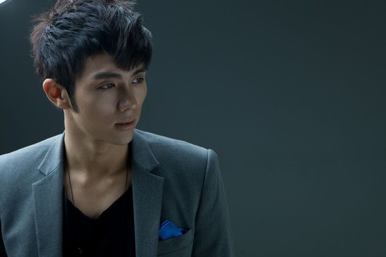 "2AM's Seulong: ""I Want To Be Socially Influential Like Lee Hyori"""