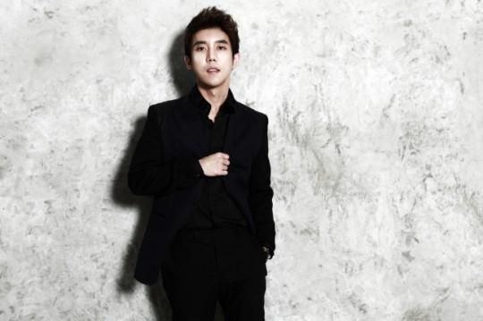 "Ballad Singer Shin Jae Releases Teaser for ""It Hurts So Bad"""