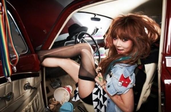 HyunA Strikes a Funny Pose Backstage