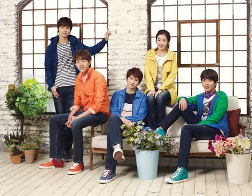 CNBLUE and Kang Sora Share a Colorful Photo Shoot for Bang Bang