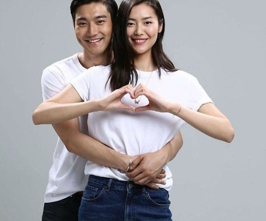 Liu Wen Addresses Rumor About Her Dating Choi Siwon