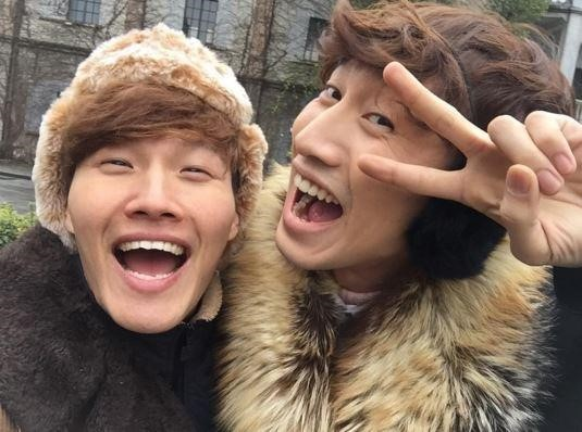 Lee Kwang Soo Wishes Kim Jong Kook a Happy Birthday With Funny Photo