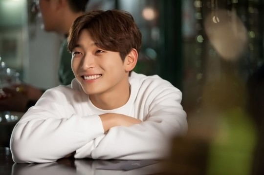 http://0.soompi.io/wp-content/uploads/2016/01/13175236/Jung-Jinwoon-540x359.jpg