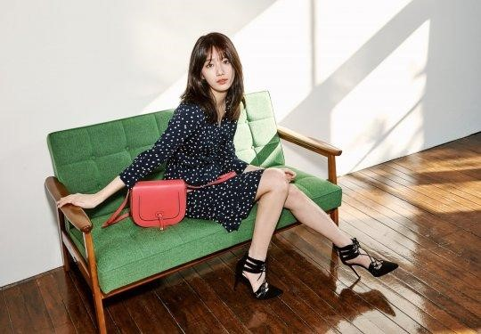 miss A's Suzy Holds the Purse Strings in Beanpole Pictorial