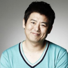 "Actor Sung Dong Il Hid His Concern Over His Mother's Critical Condition From ""Reply 1988"" Cast"