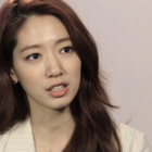 "Park Shin Hye Gives Advice to Young Actors on ""Entertainment Weekly"""